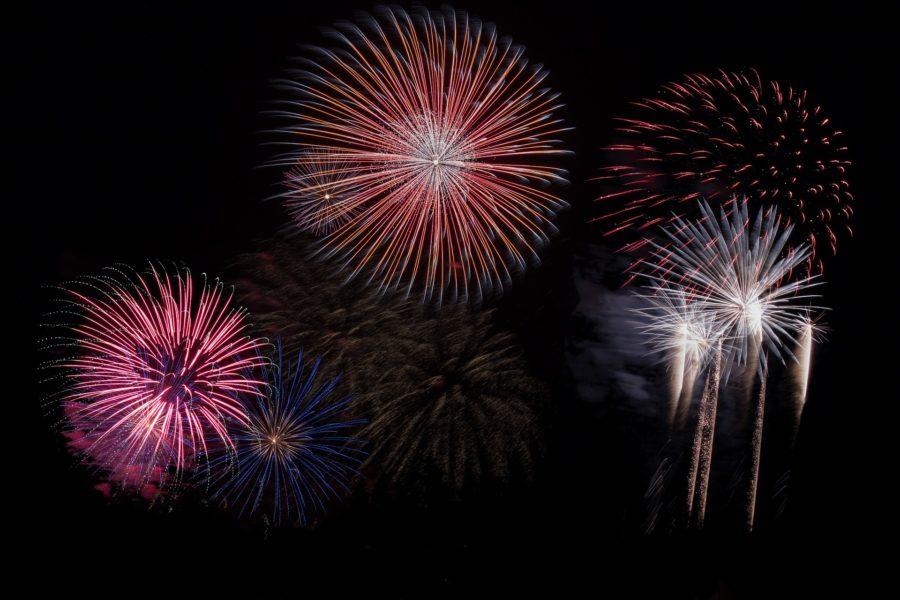 fireworks-879461_1920 (1)